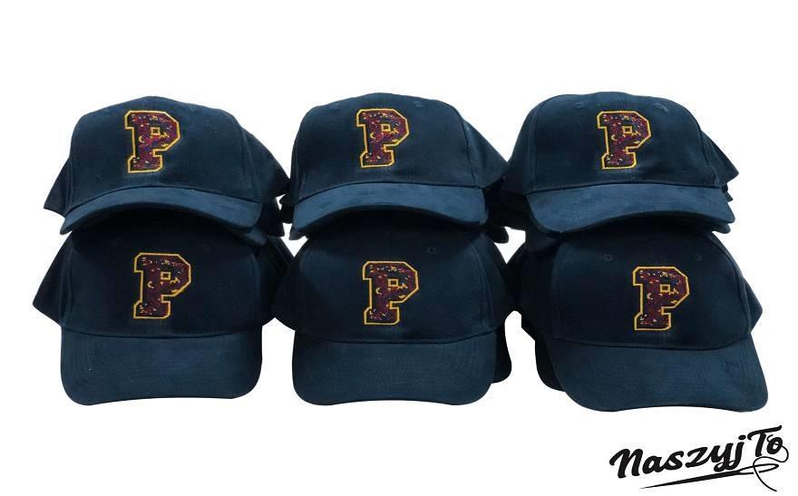 czapki zdaszkiem